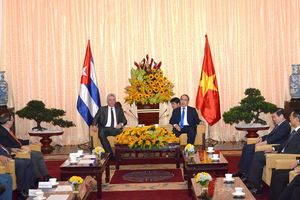 Chủ tịch Cuba ấn tượng với sự phát triển của thành phố mang tên Chủ tịch Hồ Chí Minh vĩ đại