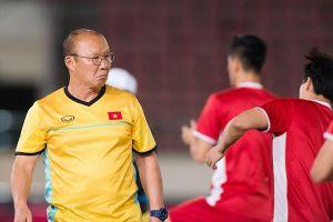 Tin AFF Cup 2018 ngày 10.11: HLV Park Hang-seo đón 3 tin vui; Adisak Kraisorn từng muốn giải nghệ