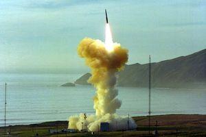 Mỹ phóng thử tên lửa đạn đạo mạnh nhất ra biển TBD