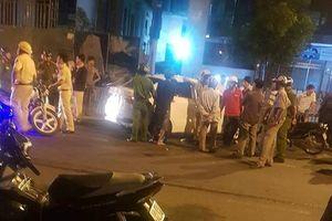 TP.HCM: Ô tô 4 chỗ nghi vứt ma túy xuống đường khi bị CSGT truy đuổi