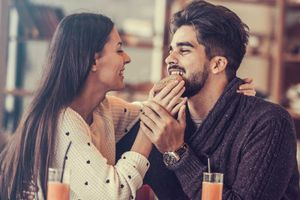 Tại sao hẹn hò với một người có tính cách đối lập lại tốt cho mối quan hệ?