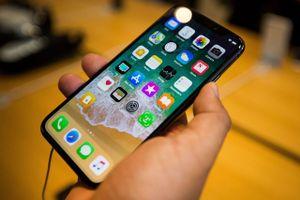 Apple sửa miễn phí lỗi phần cứng trong iPhone X, MacBook Pro 13-inch
