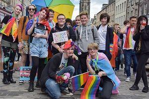 Lần đầu tiên có một quốc gia trên thế gới chính thức đưa LGBT vào chương trình giảng dạy