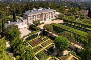 Ngôi nhà rao bán đắt nhất nước Mỹ giá 245 triệu USD