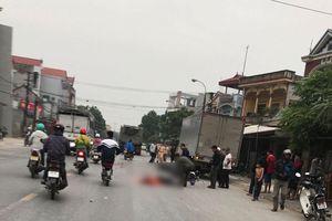 Tránh xe tải đậu bên đường, 3 người đi xe máy thương vong