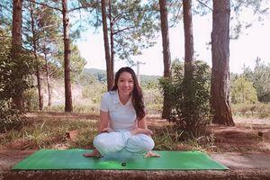 Những hình ảnh đầu tiên của 'Khoảnh khắc Yoga'