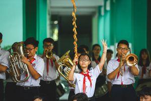 Thầy giáo Địa lý và đội kèn tí hon ở Sài Gòn