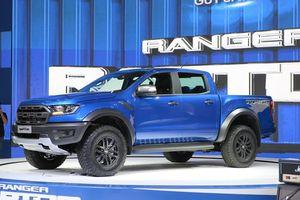 Ford Ranger Raptor loạn giá ở VN, 'bia kèm lạc' 150-200 triệu