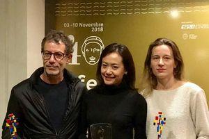 Đảo của dân ngụ cư đoạt giải thưởng lớn tại Giải thưởng điện ảnh Efebo d'Oro.