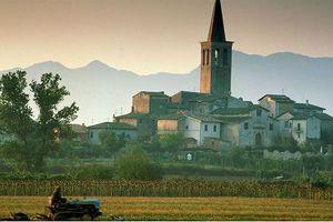 Italia muốn thưởng đất cho các gia đình sinh con thứ ba