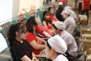 Bạn trẻ hiến giọt máu nghĩa tình tại ngày hội 'Nắng Sài Gòn'