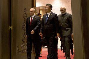 Lý do Nga, Trung Quốc và Ấn Độ rời xa USD trong thương mại