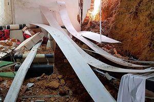 Lâm Đồng: Sạt lở đất sập tường nhà, cả gia đình thoát nạn