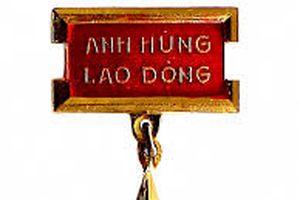NGND, AHLĐ Phạm Thế Bổng: Dụng cụ trực quan luôn sinh động trong giờ vật lí