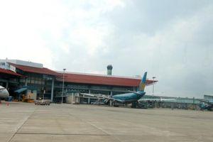 Doanh nghiệp hàng không bay trong 'trần pháp lý' mới