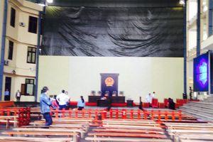 Hình ảnh công tác chuẩn bị phiên xử ông Phan Văn Vĩnh và các ông trùm trong vụ tổ chức đánh bạc