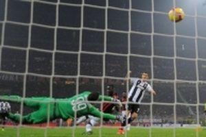 Đánh bại AC Milan 2-0, Juventus tiếp tục bay cao tại Serie A