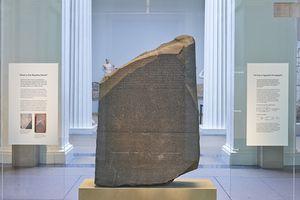 Bí ẩn phiến đá Rosetta cổ xưa nổi tiếng thế giới