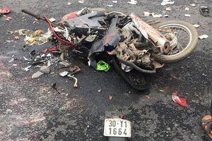 Tai nạn ở Ba Vì, Hà Nội: 2 mẹ con chết thảm dưới thùng hàng container