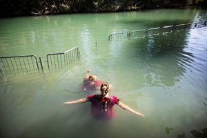 Biển hồ Galilee, nơi 'Chúa Giêsu đi trên mặt nước', thiếu nước trầm trọng