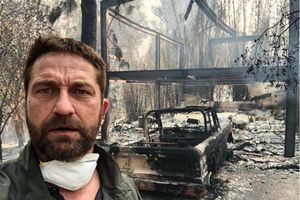 Nhà của sao Hollywood cháy rụi vì hỏa hoạn