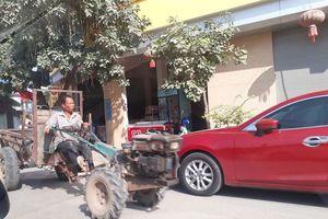 Bắc Ninh: Xe công nông tấp nập lưu thông trên tỉnh lộ