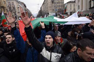 Bulgaria tê liệt vì người biểu tình phản đối giá nhiên liệu