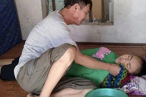 Bố mắc bệnh gan chăm sóc con gái mắc bệnh suy thận