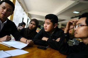 Malaysia bỏ lệnh cấm sinh viên hoạt động chính trị tại trường