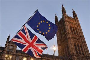 Chính trường Anh tiếp tục chia rẽ do Brexit