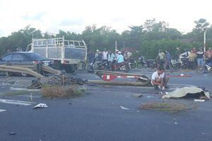 Clip: Hiện trường kinh hoàng vụ tai nạn giữa 3 ôtô và 2 xe máy