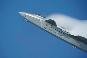 Máy bay tàng hình Trung Quốc vẫn phải dùng hàng Nga