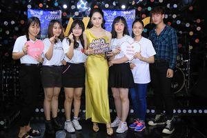 Độc quyền: FC chúc mừng 'Anh đang ở đâu đấy anh' lên Top 1 trending, Hương Giang hé lộ chắc chắn sẽ có phần 2