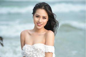 Người đẹp Biển Bảo Châu 'lấn sân' làm MC truyền hình