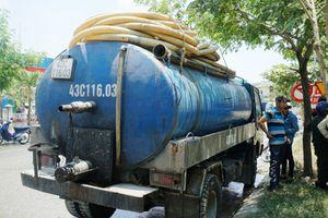 Đà Nẵng: Xử phạt gần 400 triệu đối với doanh nghiệp và tài xế đổ chất thải nguy hại ra môi trường