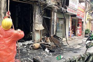 Hiện trường vụ cháy nổ nhà 4 tầng ở Đống Đa