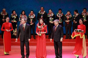 NPK Cà Mau nhận giải thưởng Bông lúa vàng Việt Nam lần thứ III năm 2018