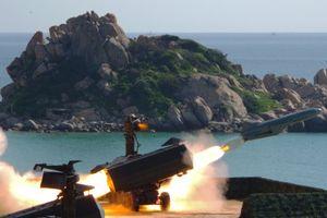 Vững vàng 'Lá chắn thép' bảo vệ biển, đảo Tổ quốc