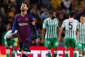 Barca thất bại trong ngày trở lại của Messi