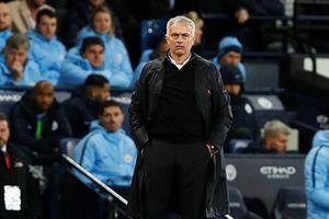 Thua trận, Mourinho vẫn lên tiếng tự bảo vệ mình