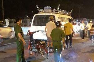 Sau tai nạn chết người, ô tô rời khỏi hiện trường