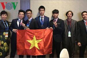 Việt Nam đứng thứ 10 Olympic Thiên văn học và Vật lý thiên văn quốc tế