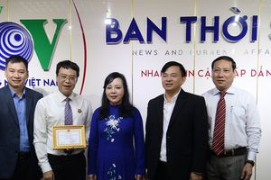 Bộ trưởng Y tế đối thoại với thính giả trên làn sóng VOV