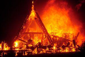 Thảm họa cháy rừng ở California: Số người chết tăng lên 25