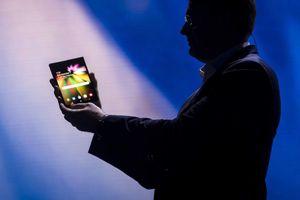 Samsung sẽ sản xuất ít nhất một triệu smartphone màn hình gập