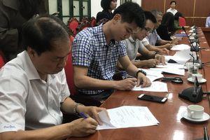 Mở gói thầu tài chính chương trình 'Sữa học đường' Hà Nội