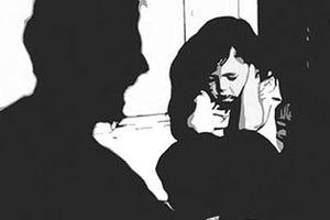 Quảng Ninh: Đến nhà người quen, dâm ô bé gái 7 tuổi rồi bỏ trốn