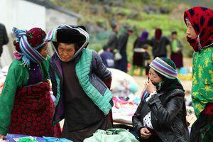 Chợ phiên vùng cao: Sự 'phải lòng' của nét văn hóa độc đáo từ những thanh âm và màu sắc kỳ diệu