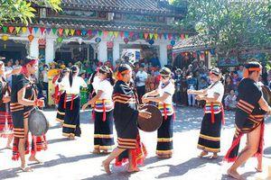 Đề nghị đưa Nghệ thuật cồng chiêng dân tộc Co vào danh mục di sản văn hóa phi vật thể Quốc gia