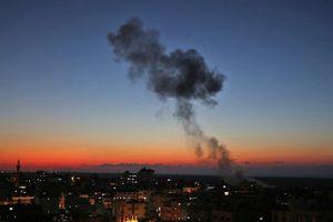 Chiến đấu cơ Israel dội tên lửa xuống Dải Gaza